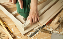 Choose the right carpenter for your remodeling project